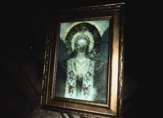 Mãe Miranda (Mother Miranda) em Resident Evil Village